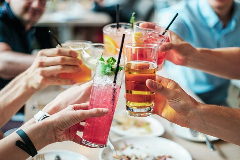 Nach Weisheitszahn OP Trinken
