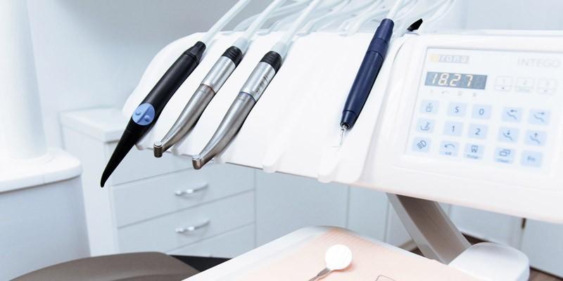 Was tun nach Weisheitszahn OP Entzündung Ursachen Behandlung